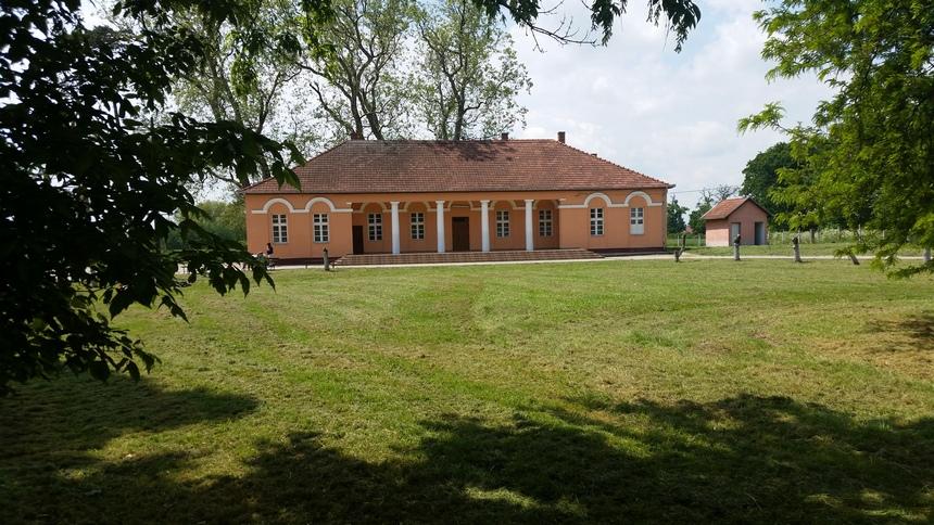 Castelul Ember Geza Dorolț