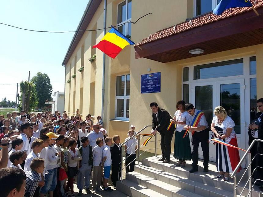 Inaugurare scoala reabilitată Dorolț