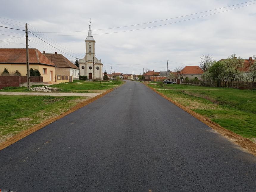 Petea strada principală